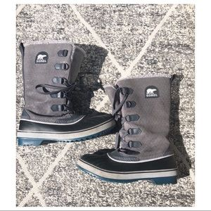 Sorel Blue Bottom Boots